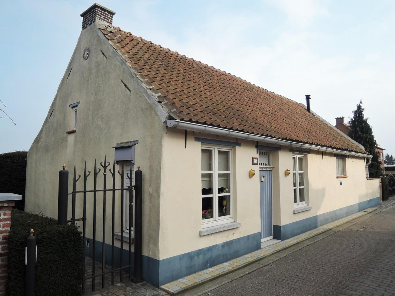 Een voorbeeld van een woonstalhuis.