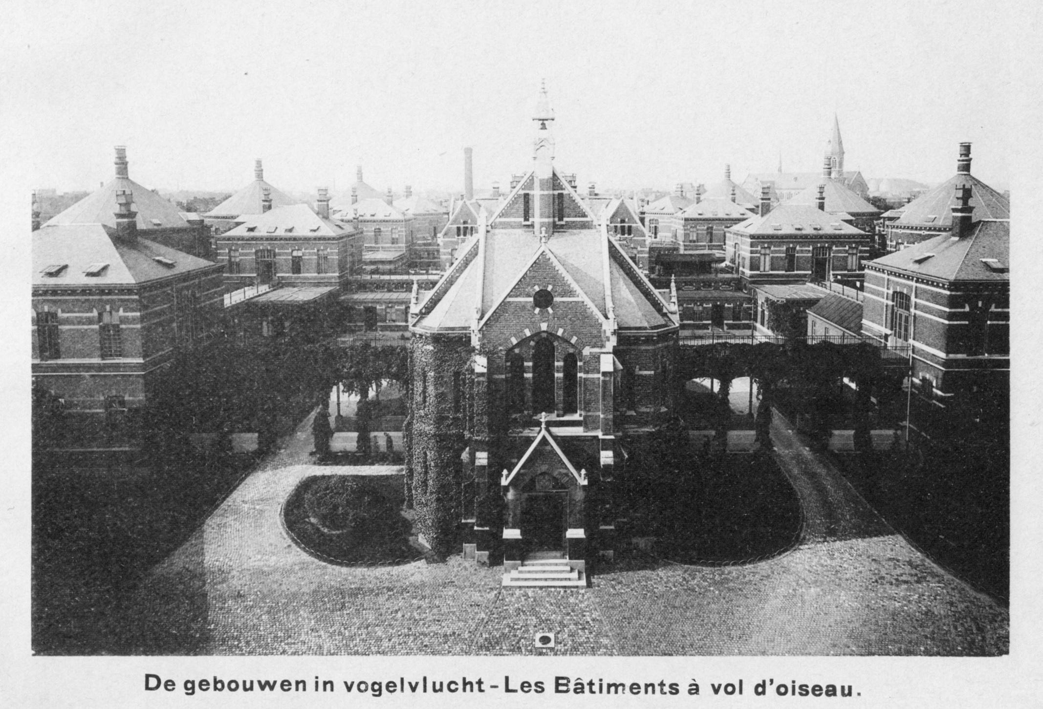 Historische foto van het Stuivenbergziekenhuis - zicht op de kapel